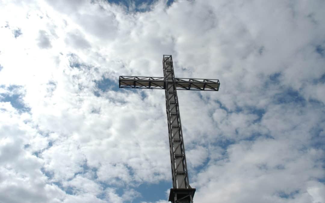"""""""Non spegnete quella croce."""""""